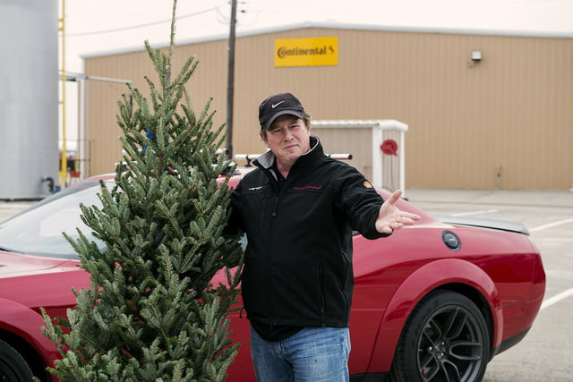 hennessey and dodge takes record for worlds fastest christmas tree 174mph 13