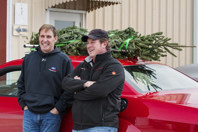 hennessey and dodge takes record for worlds fastest christmas tree 174mph 22