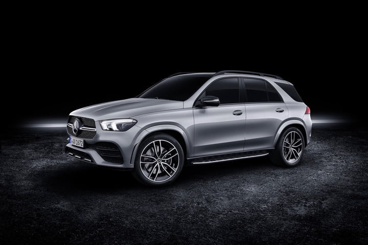 Mercedes-Benz GLE SUV tries to balance power and efficiency with mild-hybrid V8