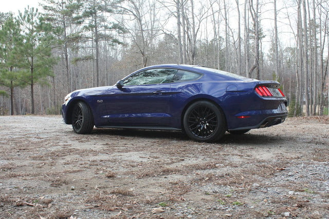 2015 Ford Mustang GT side angle