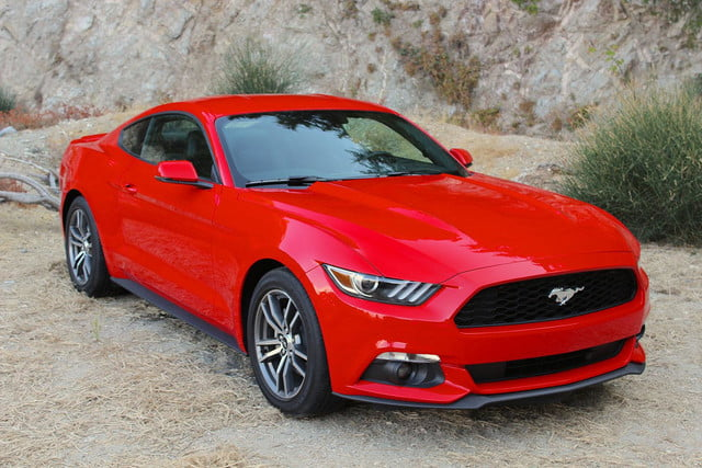 2015 Ford Mustang left