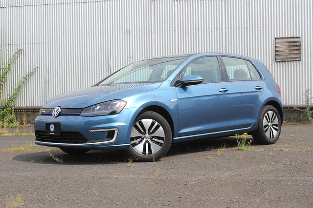 2015 vw e golf volkswagen front side angle