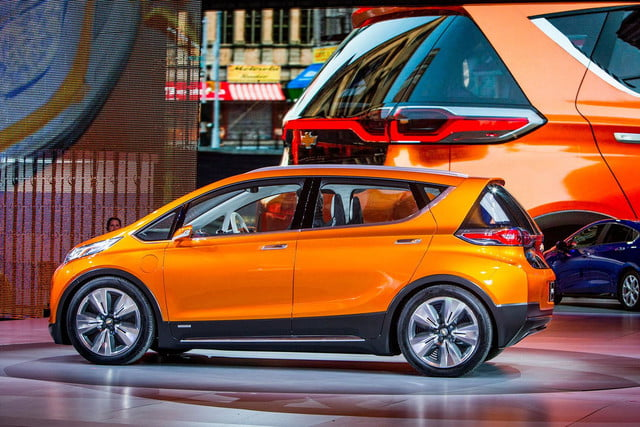 chevrolet will build electric bolt concept 2016 ev 009