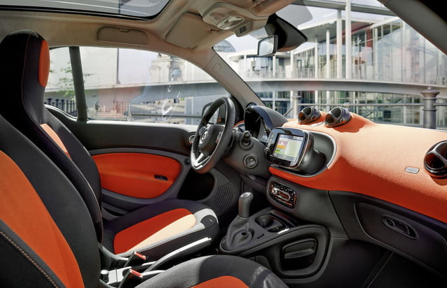 2016 smart fortwo  11