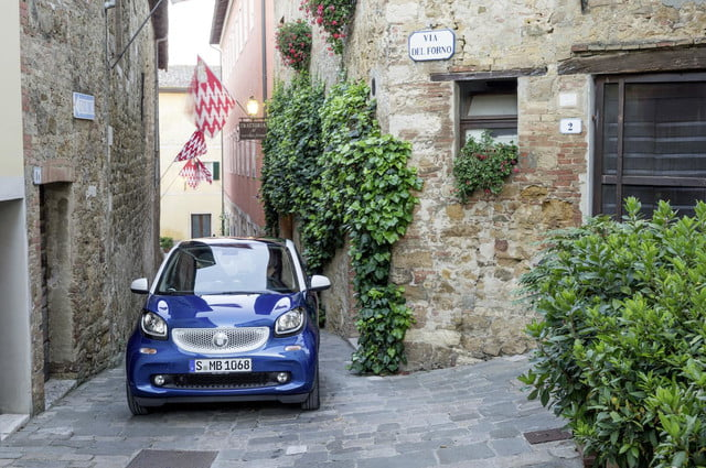 2016 smart fortwo  47