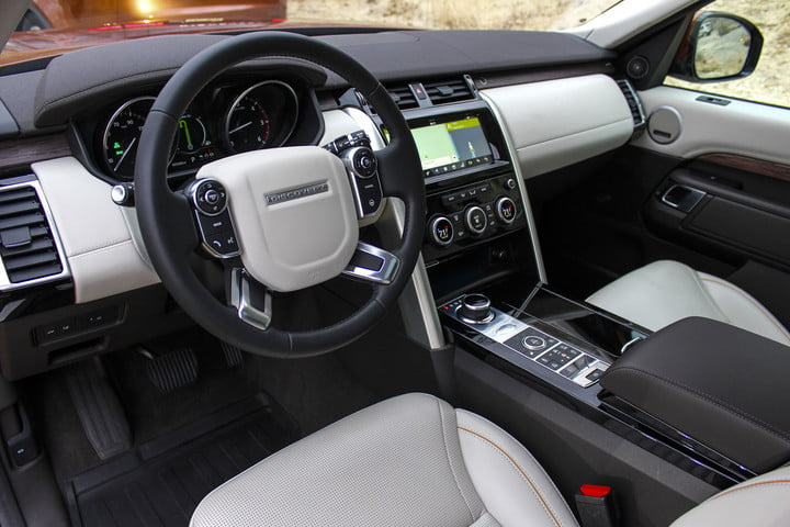 2017 land rover discovery first drive landrover review 000003