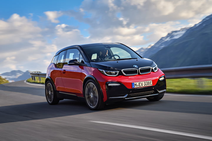 Don't ditch gasoline just yet: BMW argues electric cars are overhyped