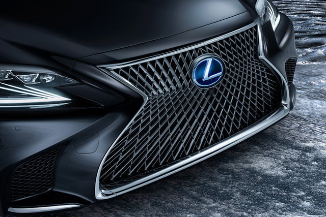 Lexus Ls May Get Plug In Hybrid Ev Hydrogen Fuel Cell Variants 2018 Ls500h 1