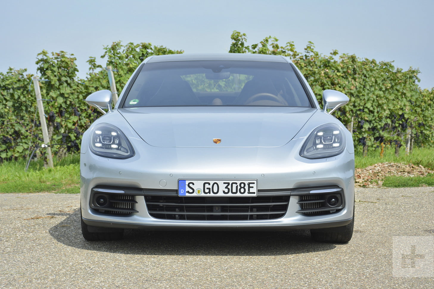 2018 porsche panamera e hybrid first drive specs photos. Black Bedroom Furniture Sets. Home Design Ideas