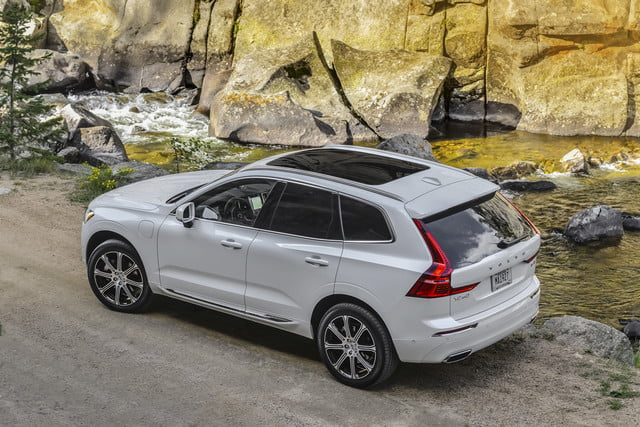 2018 volvo xc60 t8 312 review 14254