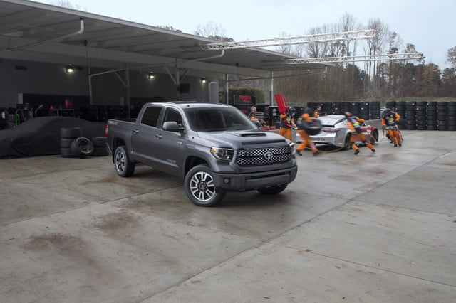 b3bb89d260 2018 Toyota Tundra and Sequoia