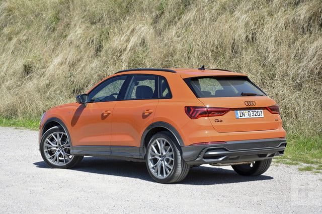2019 audi q3 first drive review specs price photos. Black Bedroom Furniture Sets. Home Design Ideas