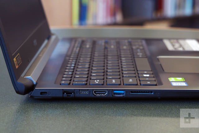Acer Aspire 5 review ports 3