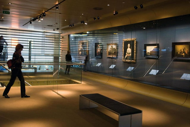 best airports for layovers amsterdam airport schiphol rijksmuseum