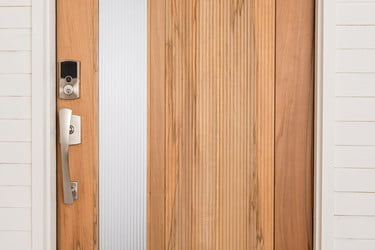 CES 2019: Array by Hampton Brought Locks and Security Lighting