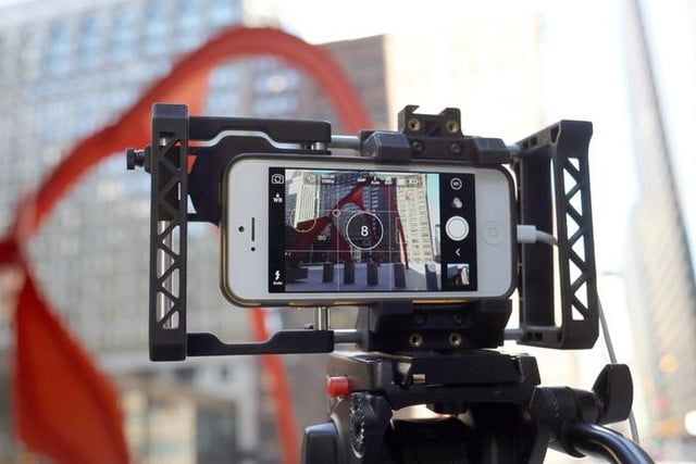 beastgrip pro rig turns regular smartphones into an interchangeable lens camera 6