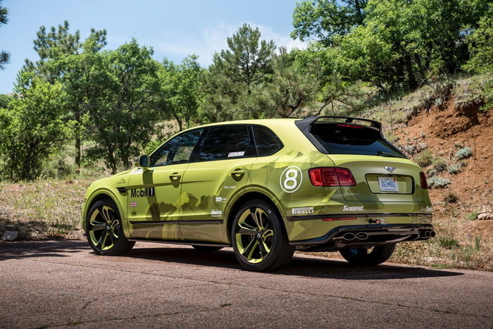 Bentley Bentayga at Pikes Peak 2018