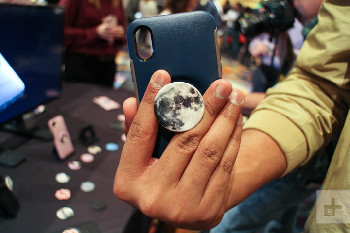 best phone cases ces 2019 otterbox popsockets