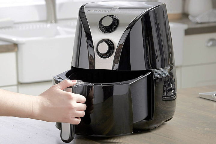 Amazon slashes 47% off of this Air Fryer so you can eat cleaner this summer