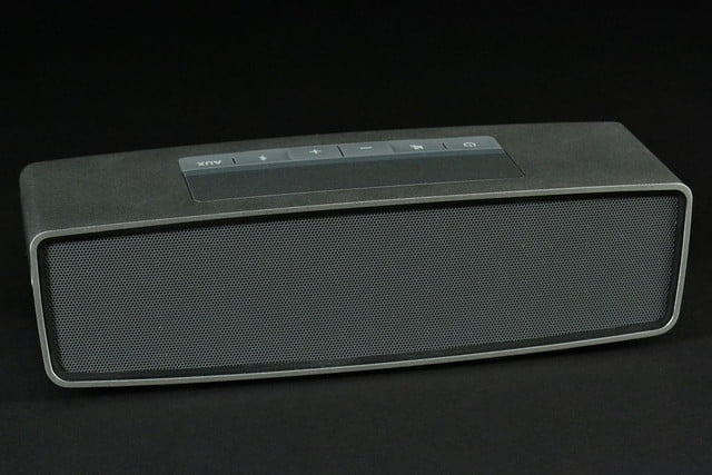 Bose SoundLink Mini front top angle