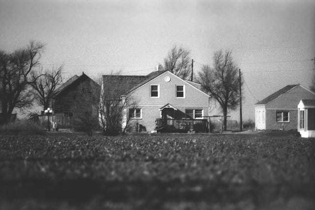 haunted houses places in america clutter house 003