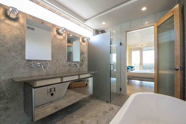 This shipping container home is super luxurious digital - Shipping container public bathroom ...