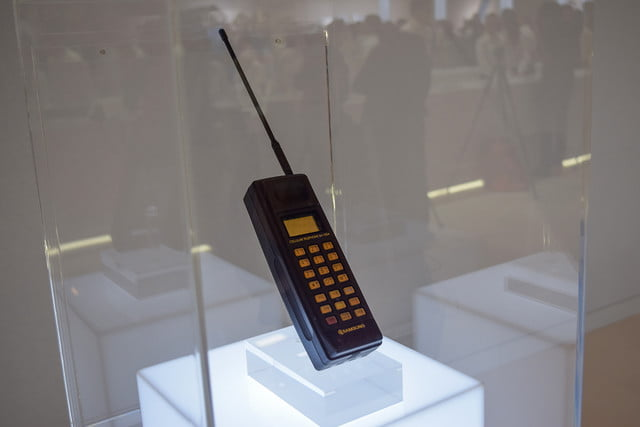 1988: The first mobile phone SH-100