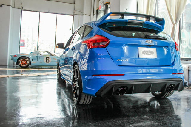 2016 Ford Focus RS blue rear