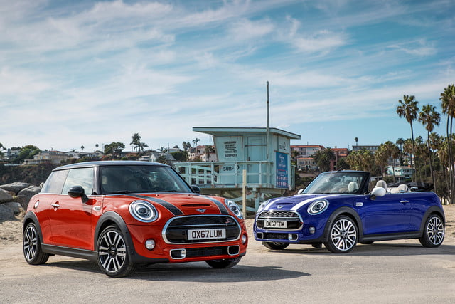 mini refreshes cooper 2 4 door hardtop and convertible for detroit 2018  36