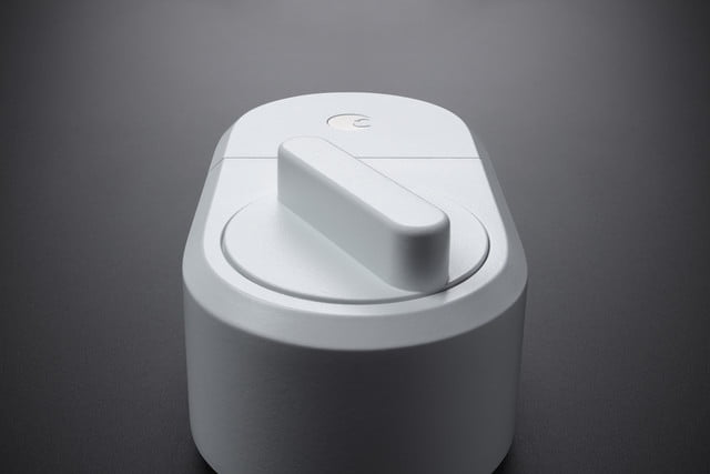 august white limited smart lock 2e0a6338