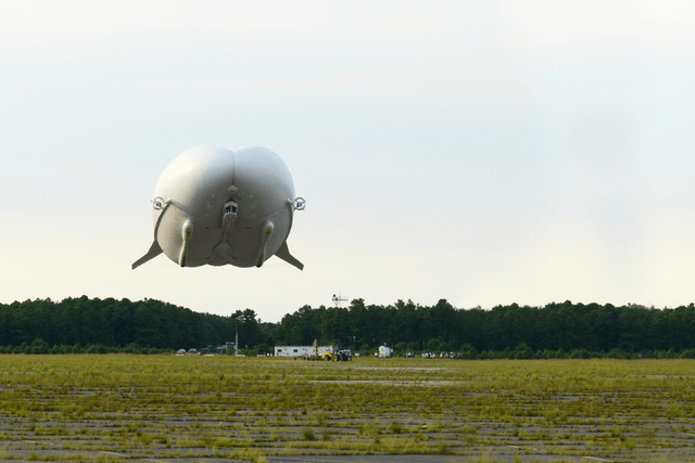 airlander 10 hybrid air vehicle airlander5