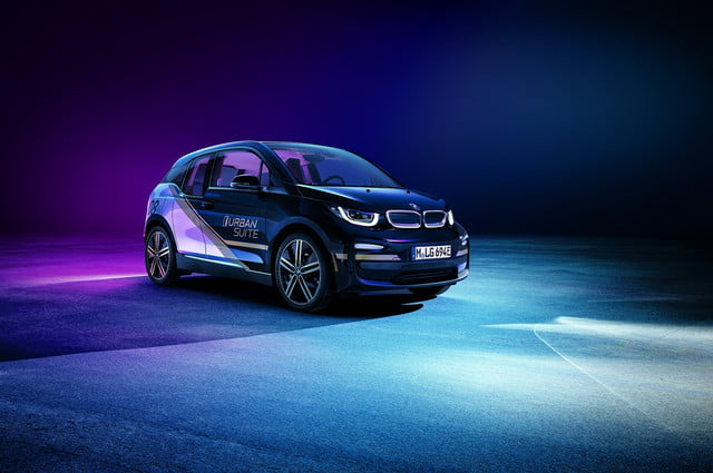 bmw presenting i3 urban space electric car concept at ces 2020 suite 1