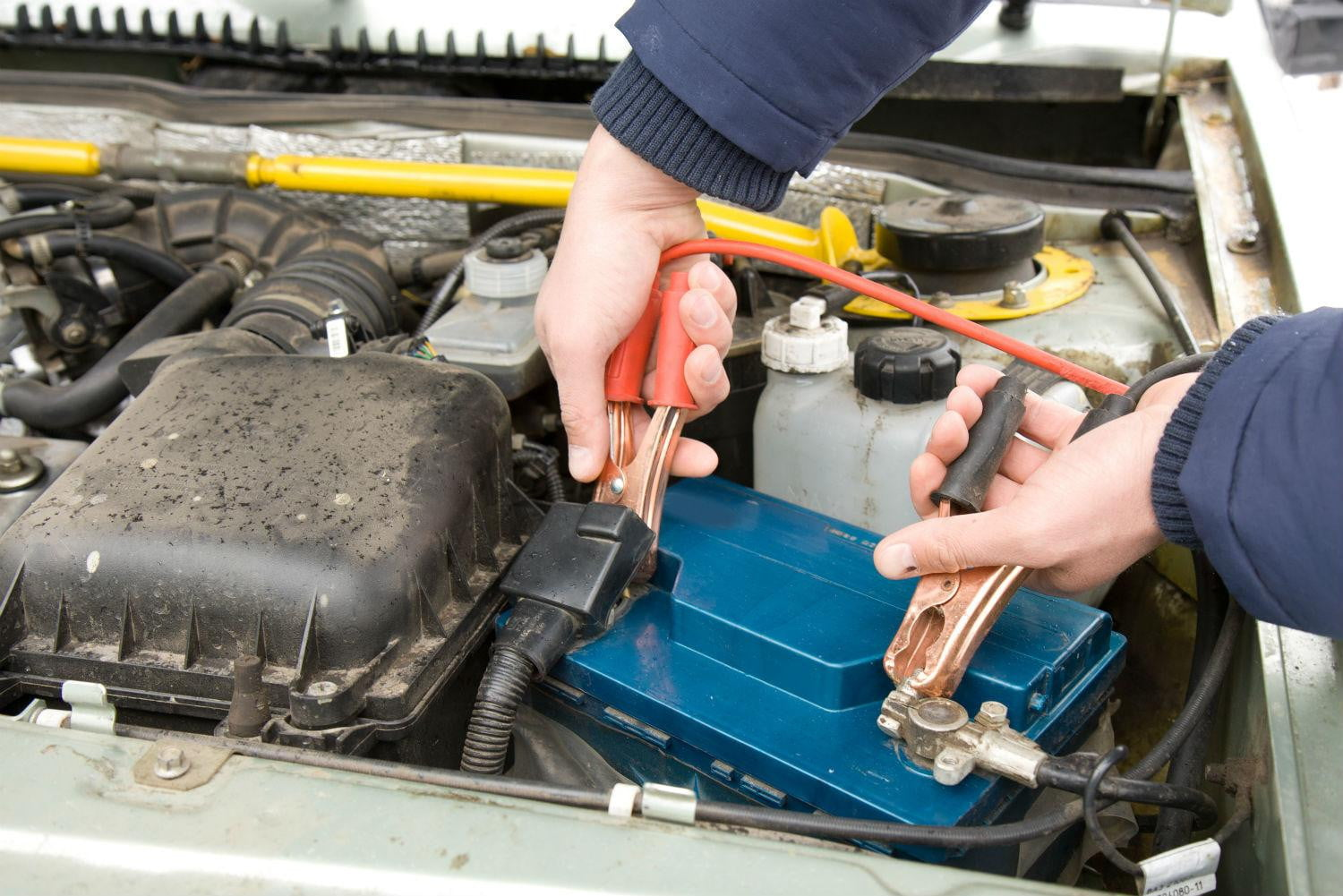 How To Jump A Car Battery The Correct Way An Explainer