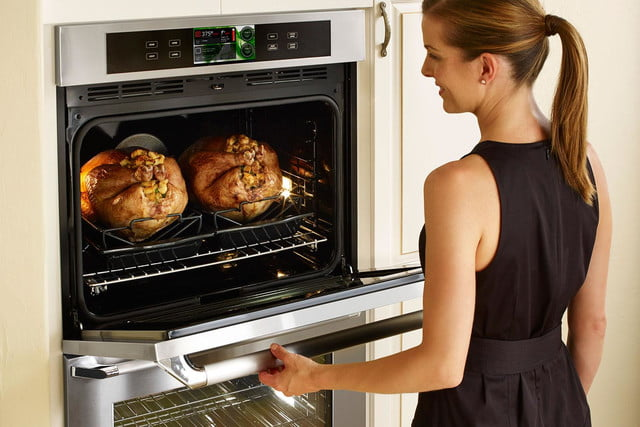 dacors voice activated oven debuts at ces 2015 dacor discovery iq wall kitchen appliances