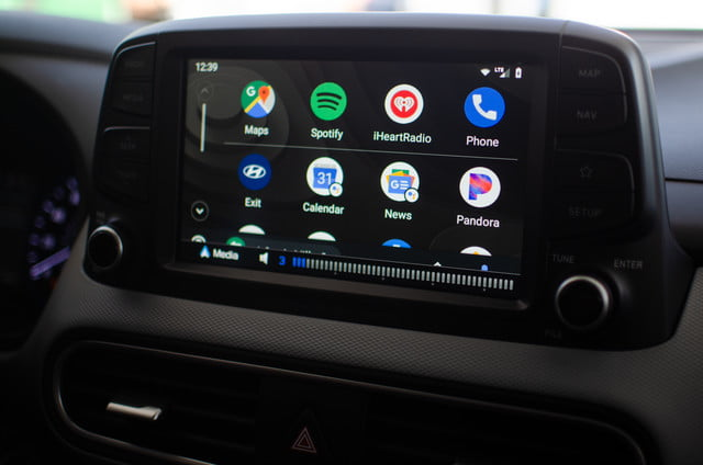 Android Q Calendario.Hands On With Android Auto S Redesign And Assistant S Driver