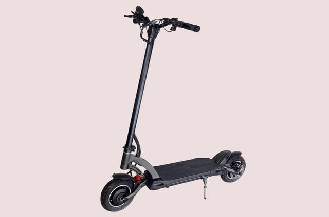 be the fastest standing commuter in town with 40 mph mantis e scooter fluidfreeride electric 02