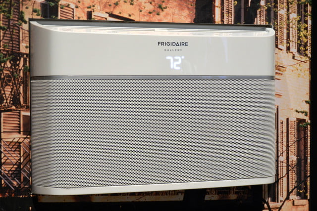 frigidaires cool connect is a smart air conditioner frigidaire gallery room 0269