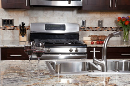 Here's How to Clean Granite Countertops the Right Way