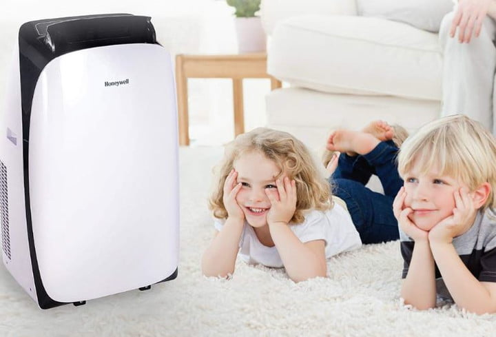 Amazon's discount on a Honeywell portable air conditioner cuts the cost by 27%
