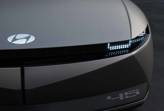 2019 hyundai 45 concept previews future electric car design 4
