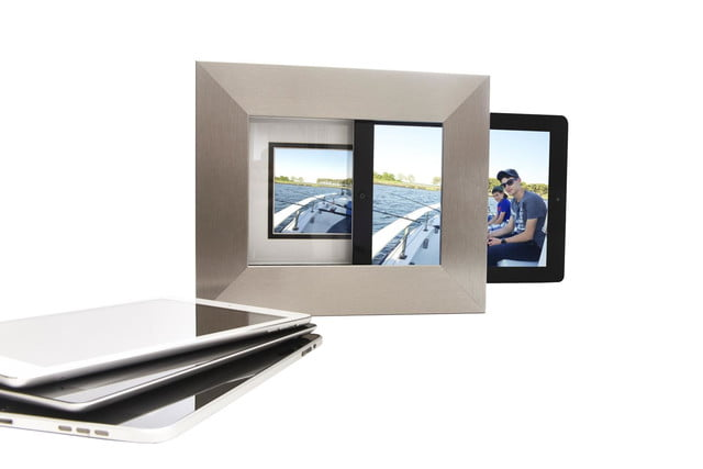 whats that slot in the picture frame for you put your ipad there isotto 4