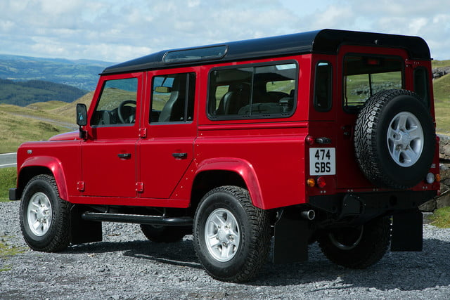 11 cars that will go extinct in 2016 land rover defender 20