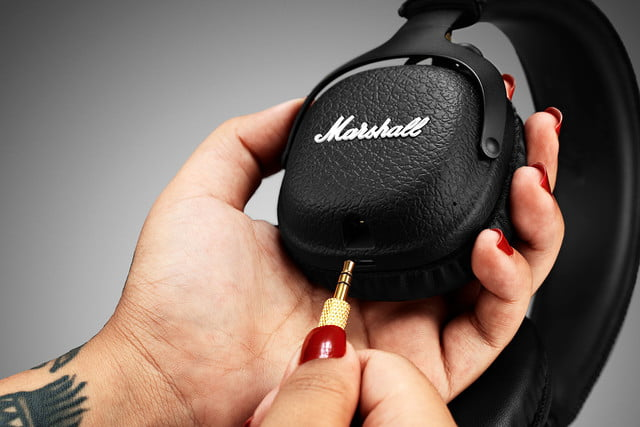 marshall mid bluetooth on ear headphones 2