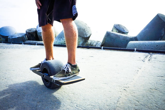 onewheel electric skateboard lifestyle image 20