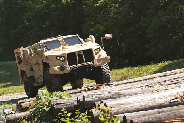 oshkosh 6 75b military contract pictures specs news jltv 007