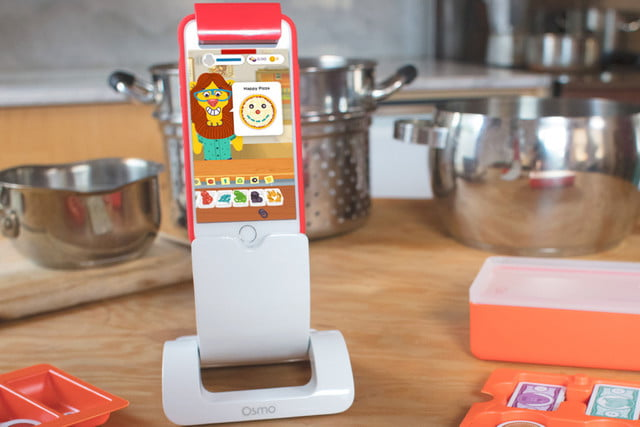 Osmo iphone base kitchen counter