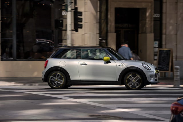 2020 mini cooper se electric city car specs range and price p90357235 highres the new
