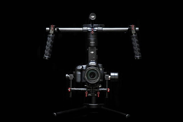 djis ronin m gimbal lets you single handedly create smooth hollywood style videos 5