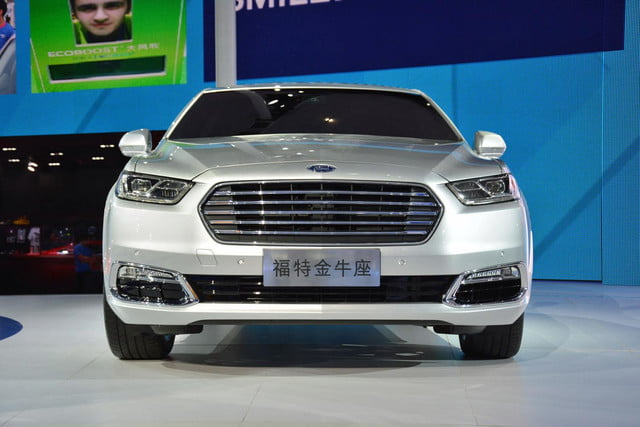 next ford taurus official pictures specs and performance shanghai 3