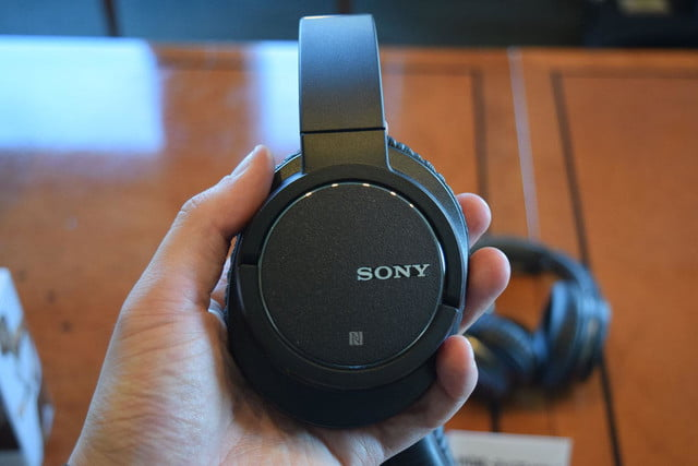 Sony MDRZX770BN hands on 2
